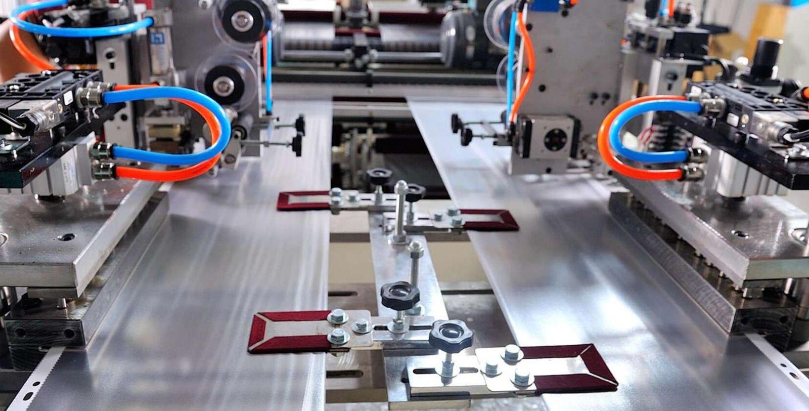 Công ty Khang Lợi nhận đục lỗ gia công túi ni lông