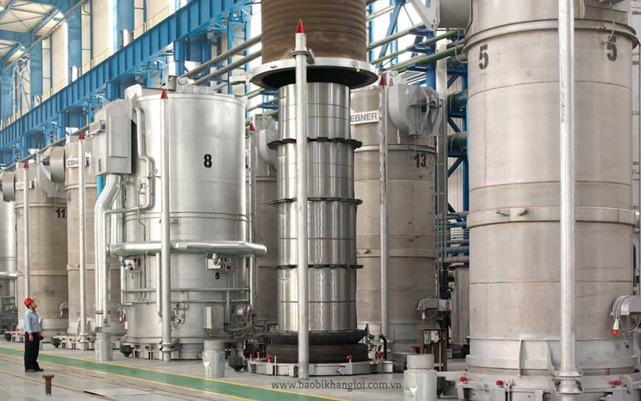 một nhà máy ủ chất thải sinh học