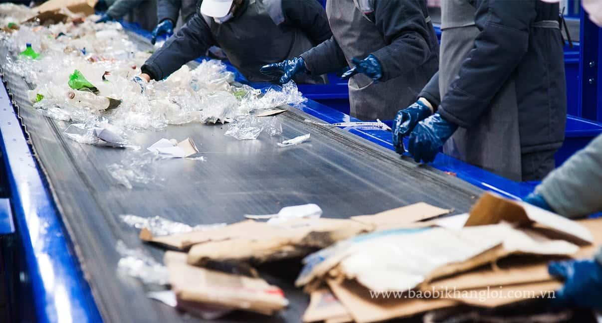 Rác thải nhựa cần được phân loại trước khi tái chế
