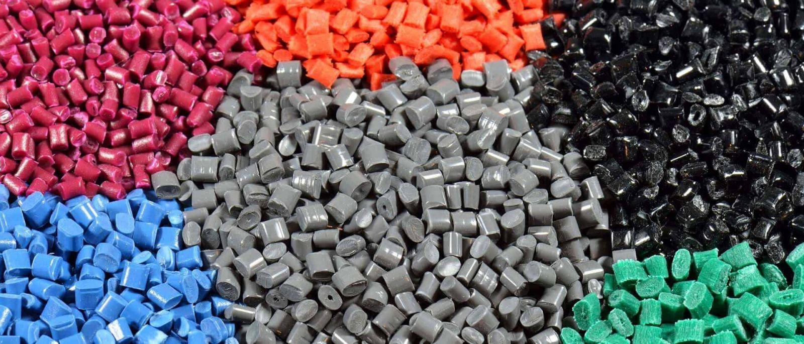 so sánh các loại hạt nhựa dựa theo màu sắc