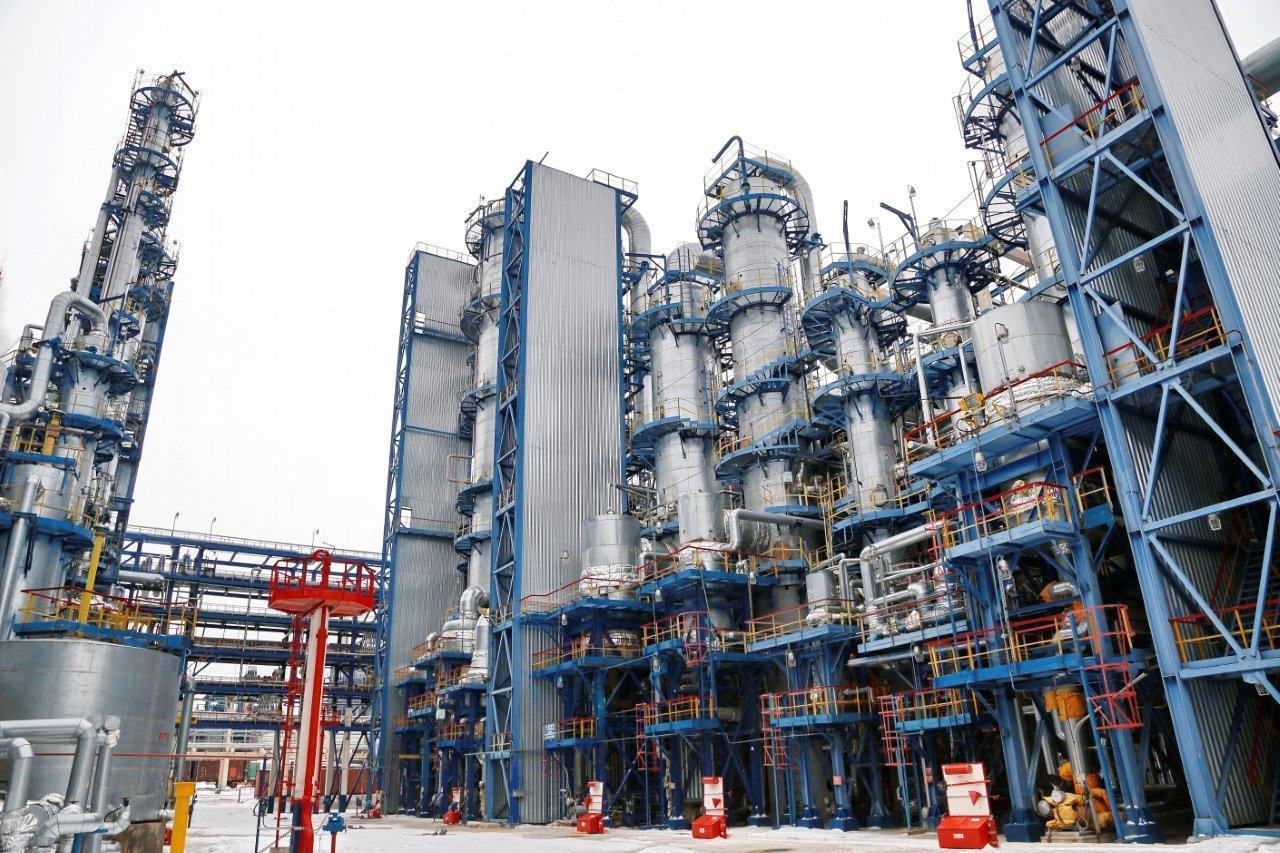 tổ hợp nhà máy hóa dầu Kazonorgsintez ở Nga